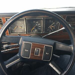 1988 Ford Lincoln Town Car