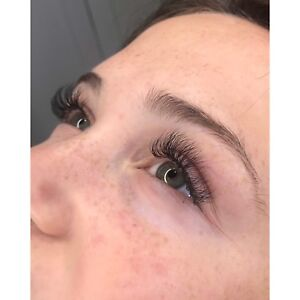 Experienced Certified Eyelash Extension+ Makeup Artist 65$