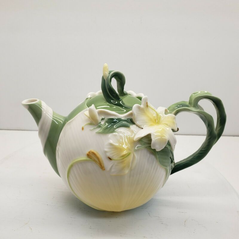 Ginger Lily Teapot Pier 1