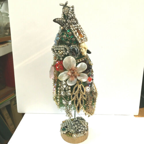 "VINTAGE CHRISTMAS BOTTLE BRUSH TREE ENCRUSTED JEWELS  11"" TALL  OOAK"