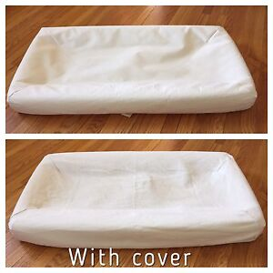 Change pad with cover
