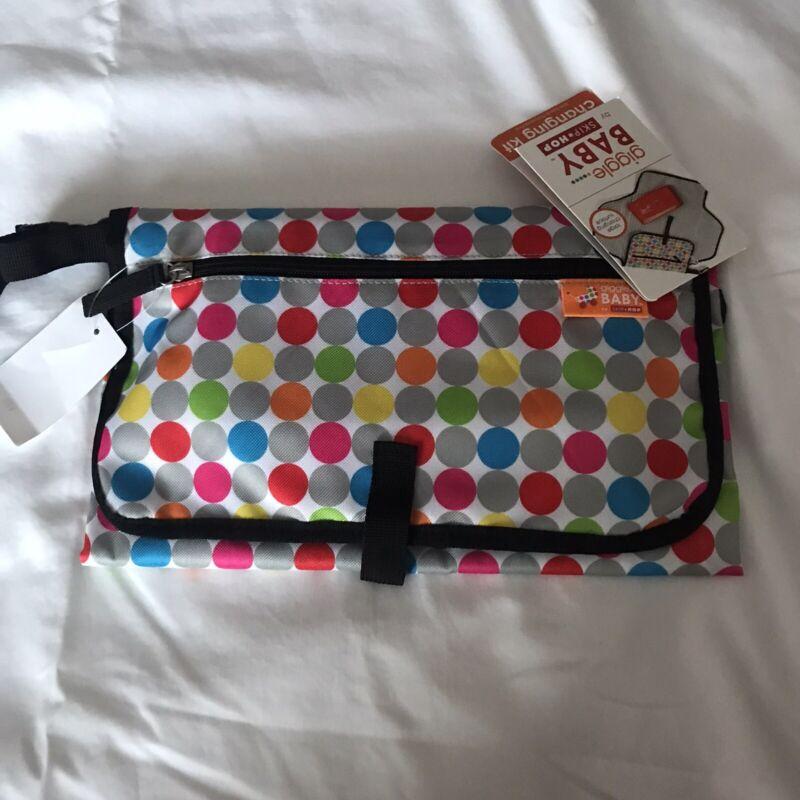 NWT Skip Hop Giggle Baby Changing Kit Changing Pad Wallet Polka Dot Modern