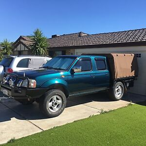 06 navara 3ltrTD new paint/lift kit 163Kkms $10000. Canning Vale Canning Area Preview