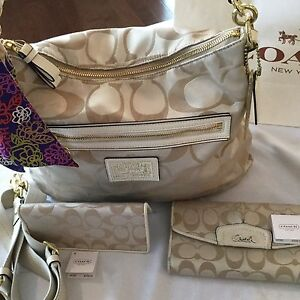 COACH PURSE AND MATCHING WALLET  (Will not separate set!)