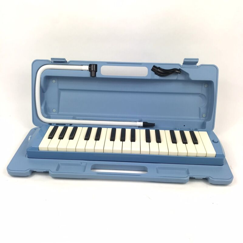Yamaha P-32D Pianica Melodica Keyboard Wind Instrument - Blue, with Case
