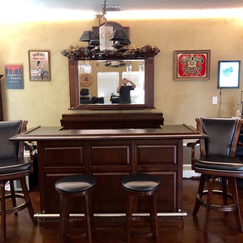 American Heritage Catania Bar