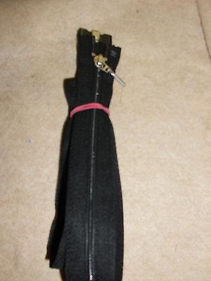 1 Stück Jacken  Reißverschluß   84 cm Farbe: Schwarz                     (rvs 2)