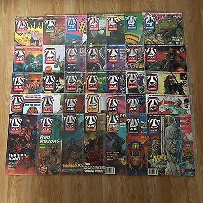2000ad Judge Dredd Comics x35 from early 90's in perfect condition.