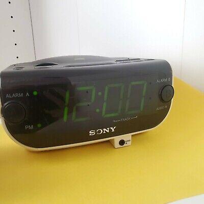 SONY Dream Machine CD Player ICF-CD815 FM/AM Radio Dual Alarm Clock
