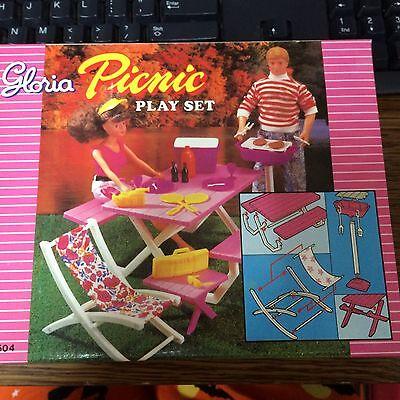 "Gloria ""Picnic"" play set for 11 1/2 inch fashion dolls. age 3+"