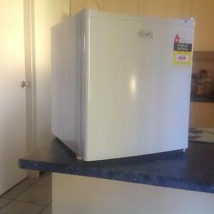 Bar Fridge 48 Ltrs Willetton Canning Area Preview