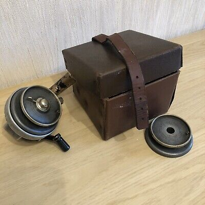 Vintage Helical Fixed Spool Fishing Reel in Box