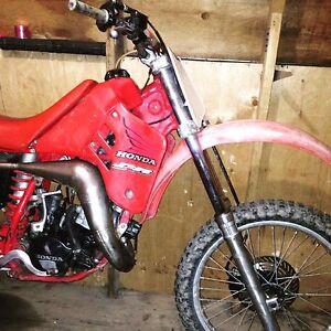 1988 Honda cr125 1700 obo