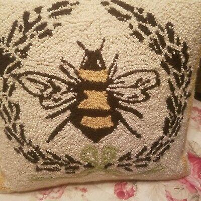 Vintage Bumblebee Hookrug