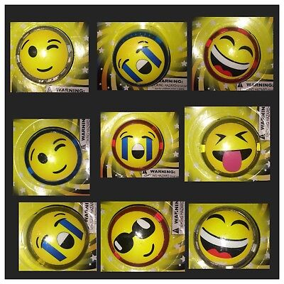 Emoji Emoticon Light-Up YoYo with Replaceable Batteries ~ Choose Your Emoji Face