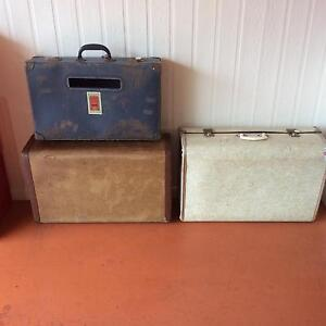 Vintage suitcases Middle Ridge Toowoomba City Preview