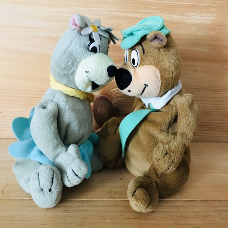 2000 Hanna Barbera Yogi Bear & Cindy