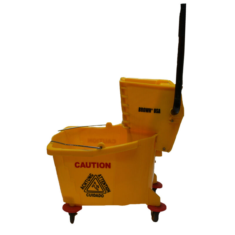 Brown USA Floor Cleaning Mop Bucket with Wringer and Wheels, 32 Liters (Used)