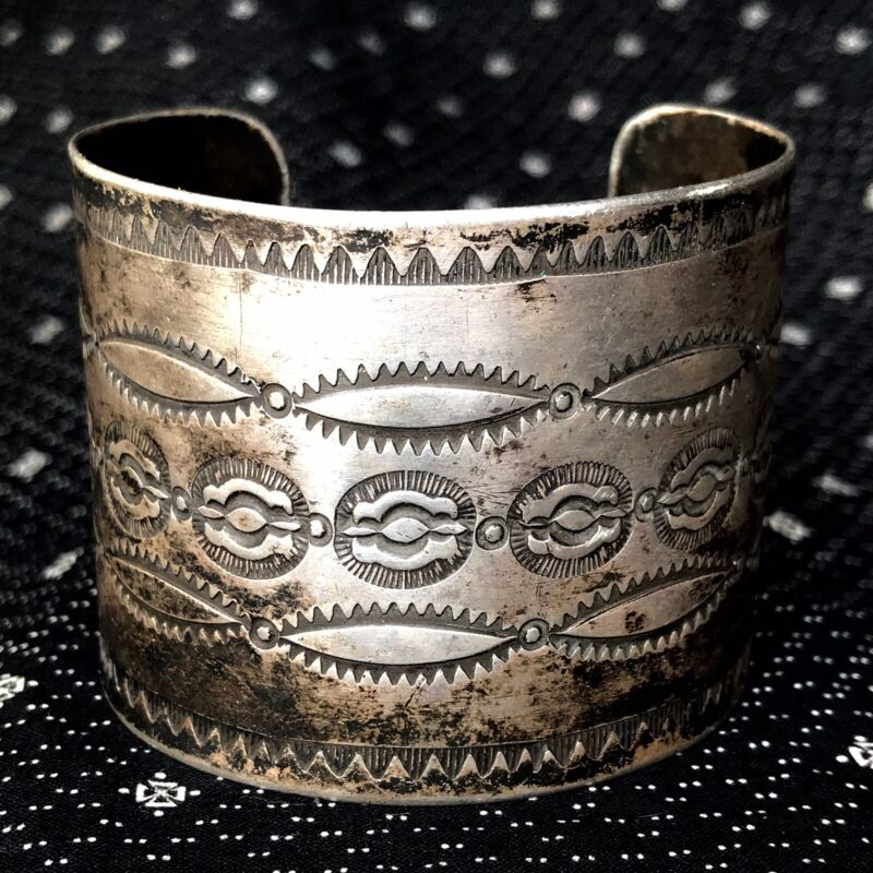 1920s Fred Harvey Silver Stamped Cuff Bracelet Big Size Extra Wide Rolled Ingot