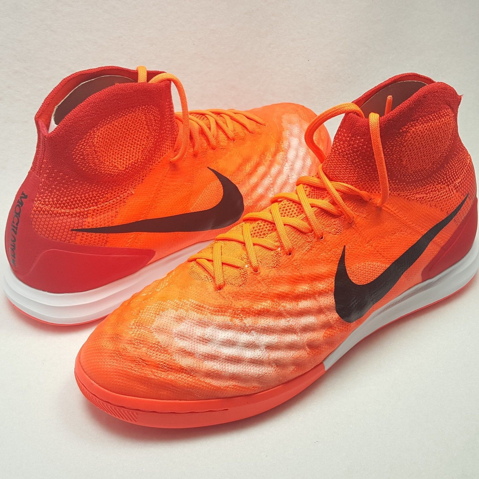 promo code d4583 5e9a0 Details about Nike MagistaX Proximo II IC Indoor ACC Soccer Cleats Crimson  Red 843957-805 SZ 9