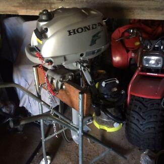 Honda 2hp fourstroke outboard