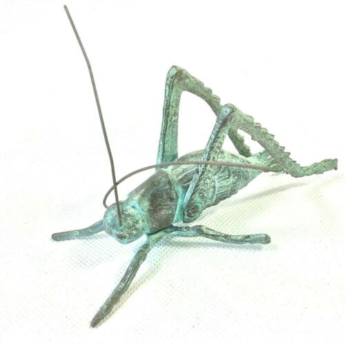 BRASS METAL CRICKET GRASSHOPPER FIGURINE ARTICULATING ANTENNAE GREEN PATINA VTG