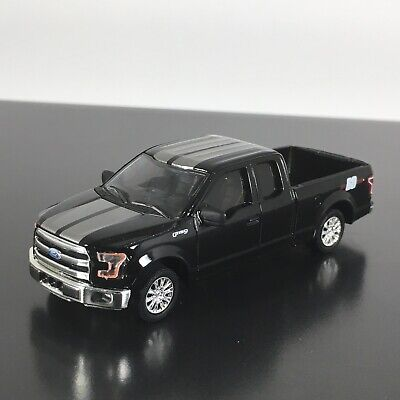 2015 - 2019 FORD F150 PICKUP TRUCK  HITCH HOLLYWOOD 1:64 SCALE DIECAST MODEL CAR