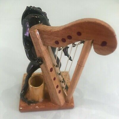 Taxidermy Real Frog Plays Harp Man Cave H1