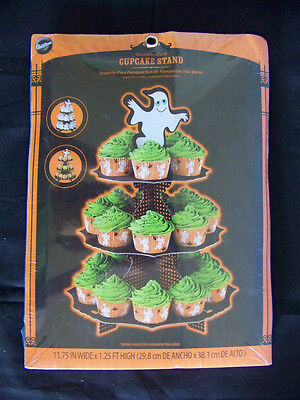 NEW Wilton Ghoulish Ghost cupcake stand holds 24 Halloween party - Ghoulish Halloween Cupcakes