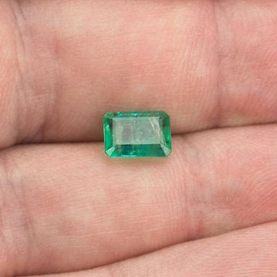 1.51 ct Emerald 7.87x5.67mm Si1 Natural loose green Zambian gemstone