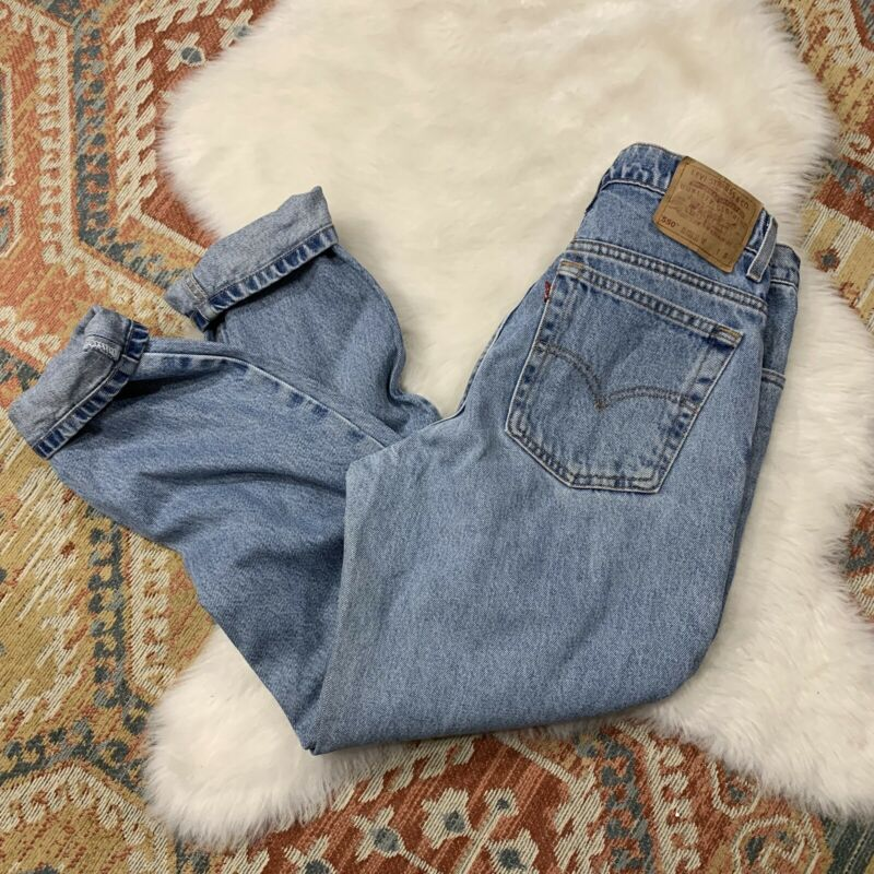 Levis 550 Jeans Vintage Mom High Waist Relaxed Tapered 13 Jr Short