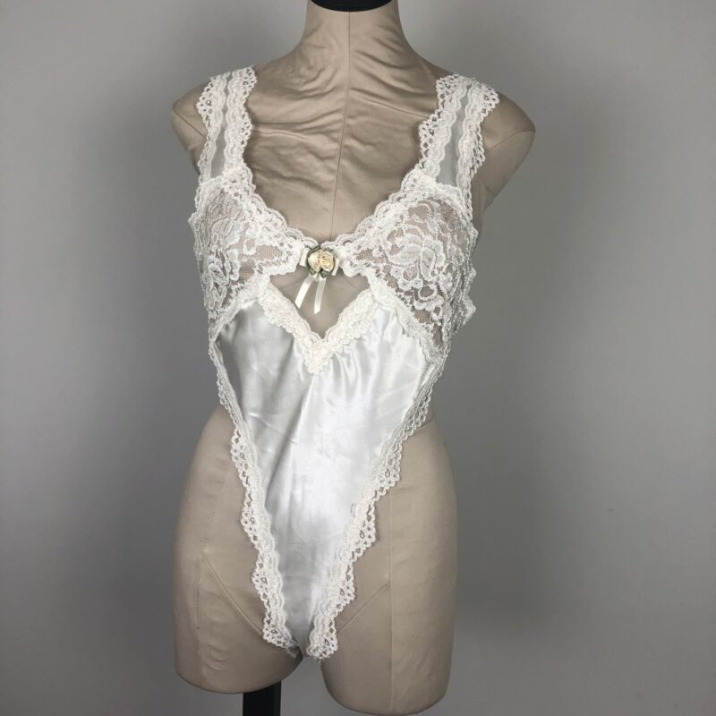 Vintage California Dynasty Teddy Medium White Lace Backless Bridal Lingerie Sexy