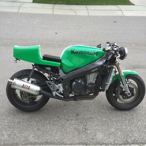 2000 Kawasaki zx7r Cafe-Custom-Streetfighter