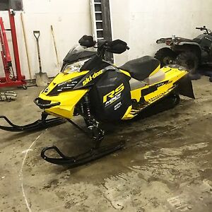 2014 Skidoo 600rs trail converted