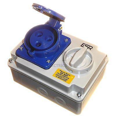 32 amp 3 pin interlock socket switch 220 - 250V 32A weatherproof IP44 2P+E 240V