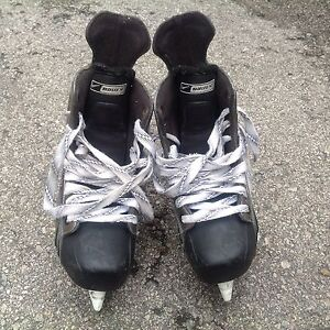 Bauer One55 high end Hockey Skates for Youth Ice Hockey