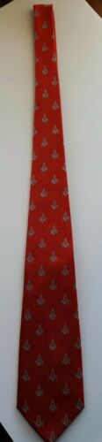 MASONIC RED NECKTIE WITH SQUARE AND COMPASS in Silver