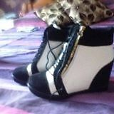 White/Black wedged shoes