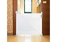 Woolibaloo retractable white stair gate / guard