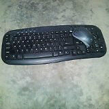 wireless logitec mouse and keyboard.new price!