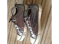 LADIES SILVER GLITTER UGG WALKING SHOES