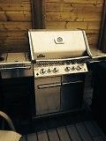 BRAND NEW NAPOLEON BBQ - NEVER STARTED