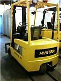 3 Wheel Forklift Excellent Conditions