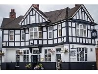 Supervisor /Trainee Assistant Manager Position in Fulham Gastro Pub