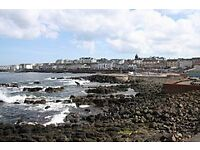 4 Bedroom House Sea view and town centre close by