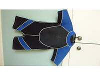 Childs Wet Suit Aged 6/7 years