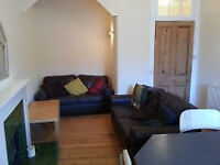 West End, Hyndland, Two Bed, Red Sandstone Flat, Sanded Floors all Facilities, Available 7th Sept 18