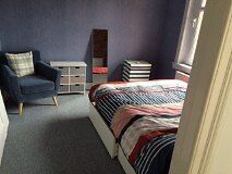 Double room available - Edinburgh West (1 person)