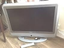 BUSH Flat Screen Very Good Condition 26inch Silver