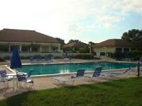 2 BEDROOM CONDO ON GOLFCOURSE NEAR BEACH IN VENICE FLORIDA